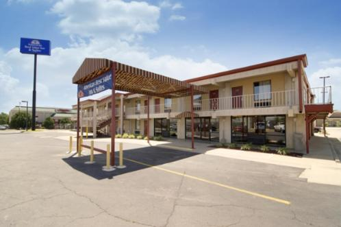 Americas Best Value Inn & Suites Conway - Conway, AR 72032