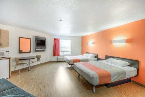 Motel 6 - Regina - Regina, SK S4N 7D9