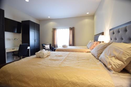 The Lion Inn & Suites - Chetwynd, BC V0C 1J0