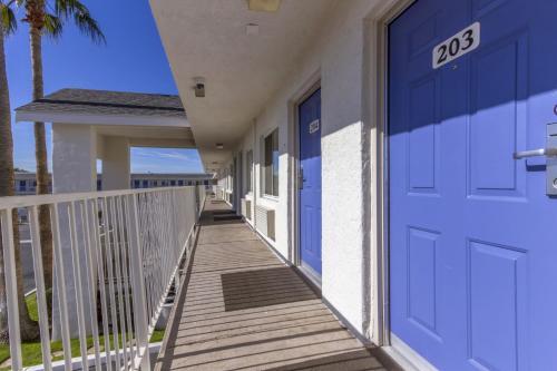 Motel 6 Phoenix Airport - 24th Street - Phoenix, AZ 85034