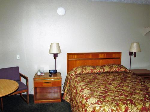 Euclid Motel - Bay City, MI 48706