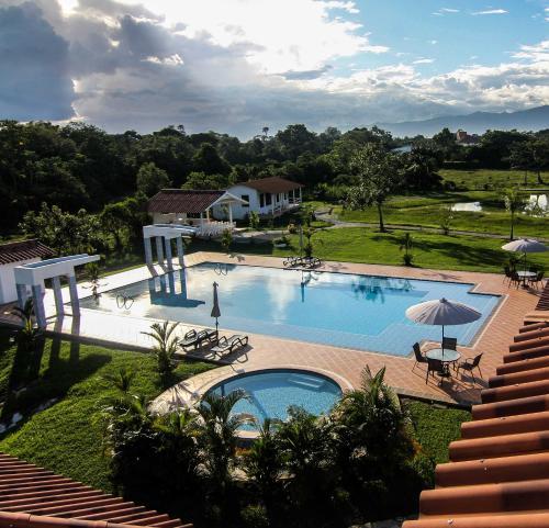 Www Rentalhomes Com: Hotel Mastranto, Villavicencio