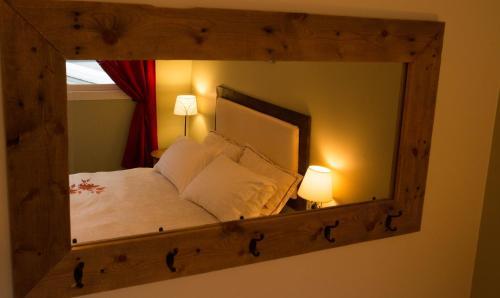 Alpenrose Revelstoke Bed & Breakfast - Revelstoke, BC V0E 2S1