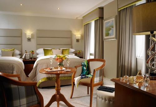 Buswells Hotel photo 17