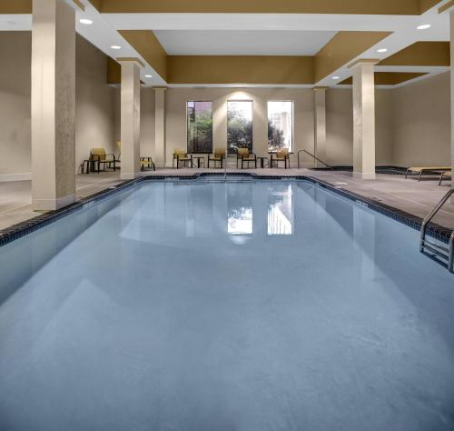 Courtyard By Marriott St. Cloud - Saint Cloud, MN 56301