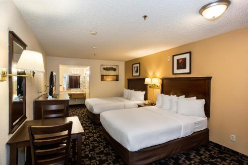 Econo Lodge Inn And Suites Bellingham - Bellingham, WA 98225