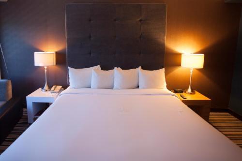 Hotel Huntington Beach Photo