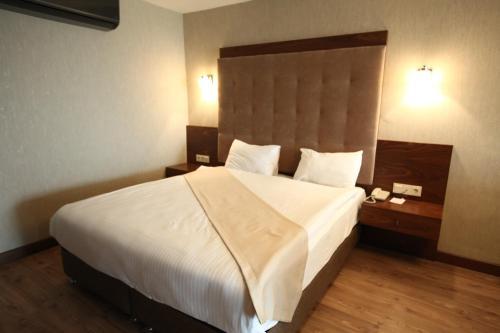 Eyna Hotel, Ankara
