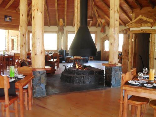 Peumayen Lodge & Termas Photo