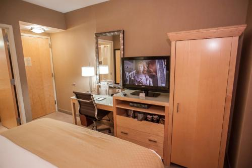 DoubleTree by Hilton - Chelsea photo 21