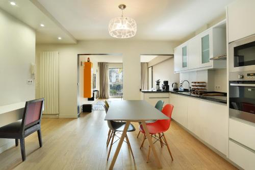 Apartment Neuilly photo 3