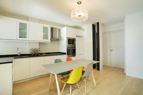 Apartment Neuilly photo 9