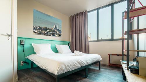 les piaules auberge de jeunesse 59 boulevard de belleville 75011 paris adresse horaire. Black Bedroom Furniture Sets. Home Design Ideas