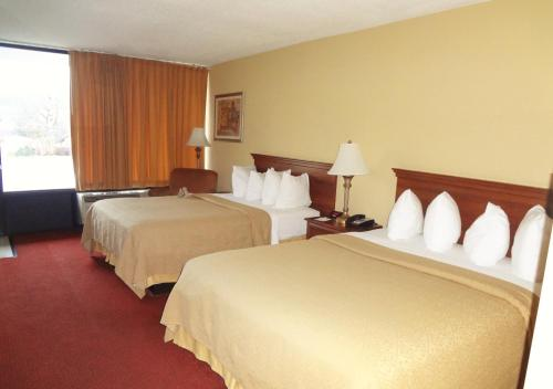 Quality Inn Kodak Sevierville Photo