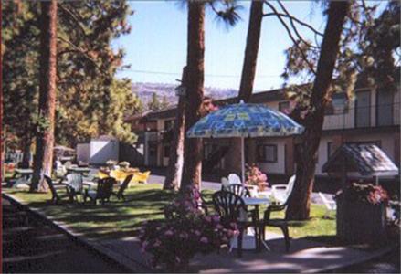 Beachside Motel - Penticton, BC V2A 6H1