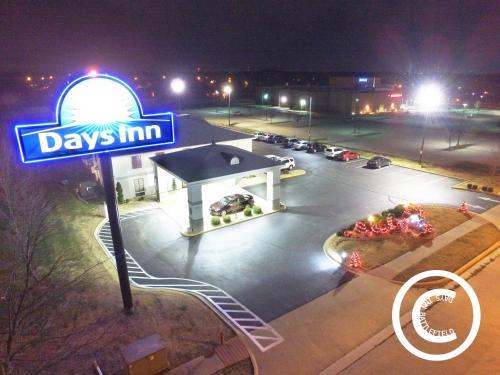 Days Inn Battlefield Road/Highway 65 Photo