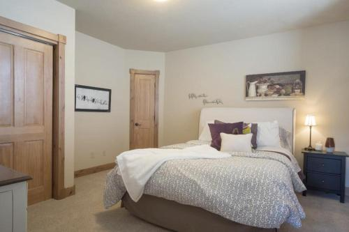 Trappers - Fraser, CO 80442