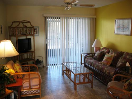 Apartment 148, Condos at New Smyrna Beach Photo