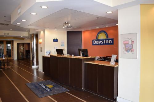 Days Inn Sherman Photo