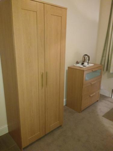 Acton Lodge Guest House photo 14