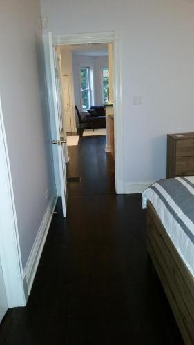 2142 West Walton Apartment Photo