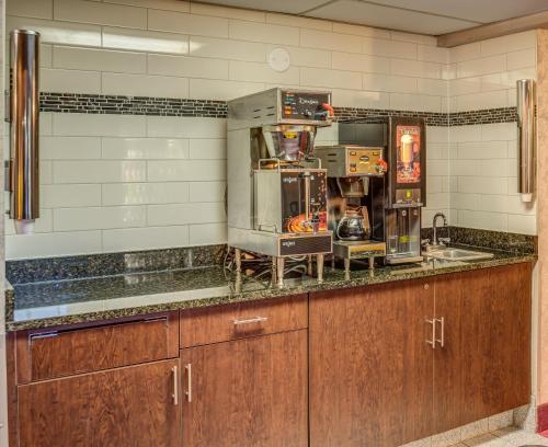 Prime Rate Inn - Burnsville, MN 55337