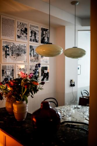 Le Pigalle Hotel photo 10