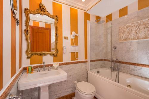 The Inn at the Spanish Steps-Small Luxury Hotels photo 29