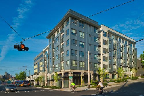Oakwood Seattle South Lake Union - Seattle, WA 98109