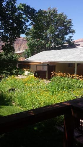 StellaRuby Cottages Photo