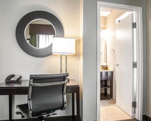 enVision Hotel Boston - Longwood, an Ascend Hotel Collection Member Photo
