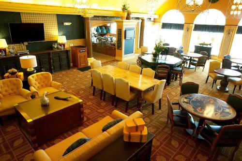 Homewood Suites By Hilton At The Waterfront - Wichita, KS 67206