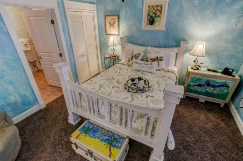 Anchor Inn Bed And Breakfast - New Smyrna Beach, FL 32168