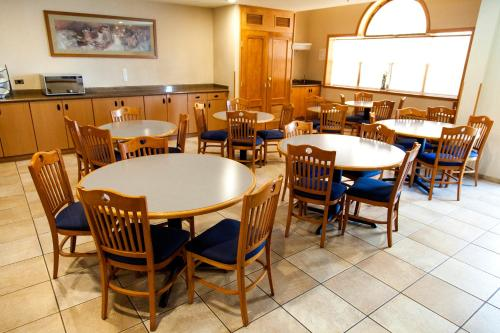 Microtel Inn & Suites by Wyndham Chihuahua Photo