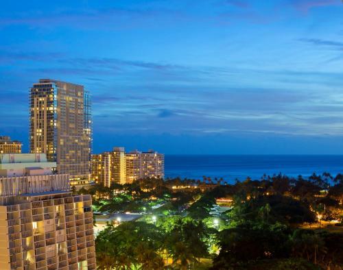Ambassador Hotel Waikiki - Honolulu, HI 96815