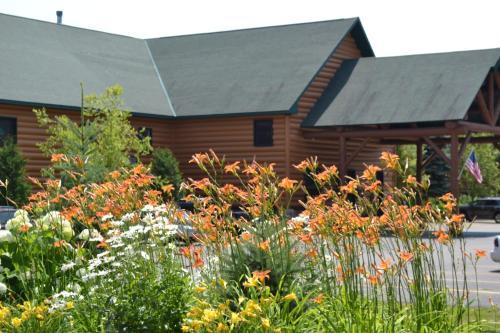 Crooked River Lodge - Alanson, MI 49706