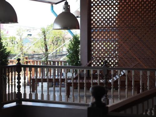Chommuang Guest House photo 21