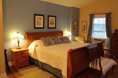 Luisa's Suite Retreat - Niagara On The Lake, ON L0S 1J0