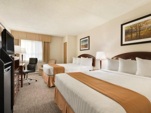 Travelodge Edmonton South Photo