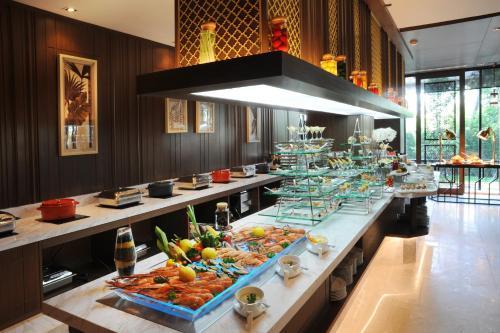Al Meroz Hotel Bangkok - The Leading Halal Hotel photo 15