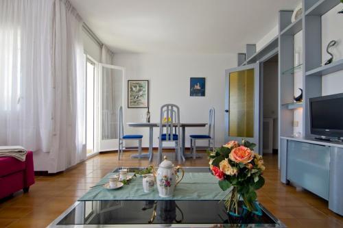 Apartment Clarimar 1 photo 18