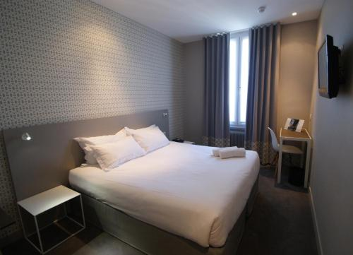 Acropolis Hotel Paris Boulogne photo 9