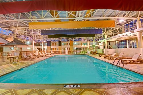 Days Inn By Wyndham Montgomery Near Aum - Montgomery, AL 36117
