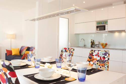 Friendly Rentals Gaudi Penthouse photo 7