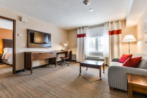 Four Points by Sheraton Barrie Photo