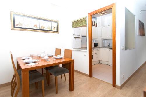 Apartment Bright Sagrada Familia photo 18