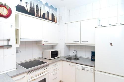 Apartment Bright Sagrada Familia photo 20