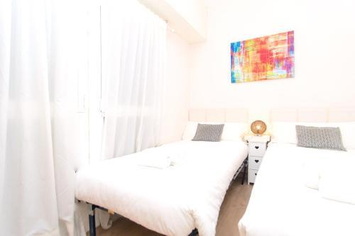 Apartment Bright Sagrada Familia photo 26