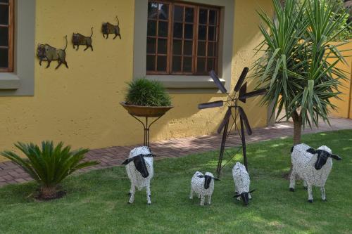 Safari Gardens Guesthouse Photo