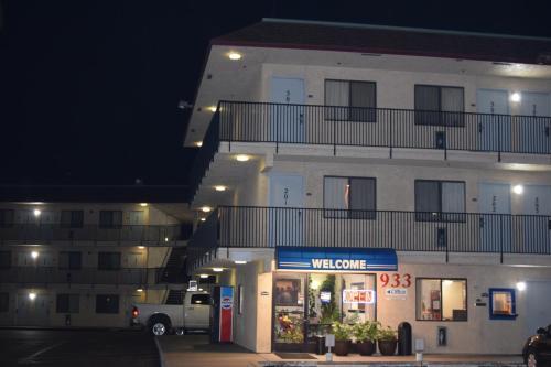 Valley Inn Fresno Photo